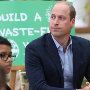 Prins William haalt uit naar ruimtetoerisme van Musk en Bezos