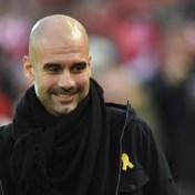 Pep Guardiola steunt in coma geslagen Belgische Manchester City-fan met T-shirt: 'Dit is moeilijk te begrijpen'