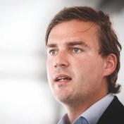 Burgemeester Mathias De Clercq (Open VLD) voert geheime gesprekken met Vooruit en CD&V in strijd om Gentse sjerp