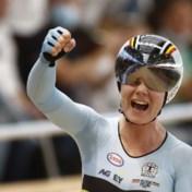 Eindelijk goud, na twee keer zilver: Lotte Kopecky wereldkampioene in de puntenkoers