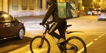 'Ook sans-papiers en minderjarigen werken voor Deliveroo & co.'