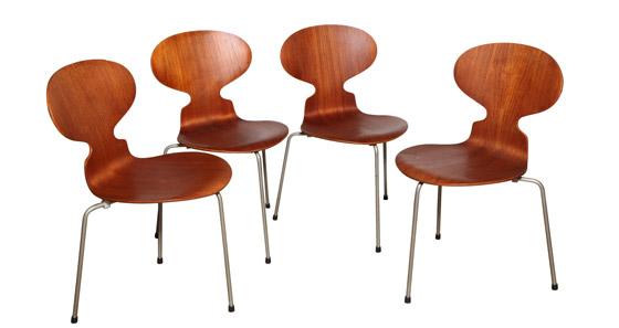Arne Jacobsen Egg Chair Tweedehands.Arne Jacobsen De Architect Die We Kennen Van Zijn Stoelen De